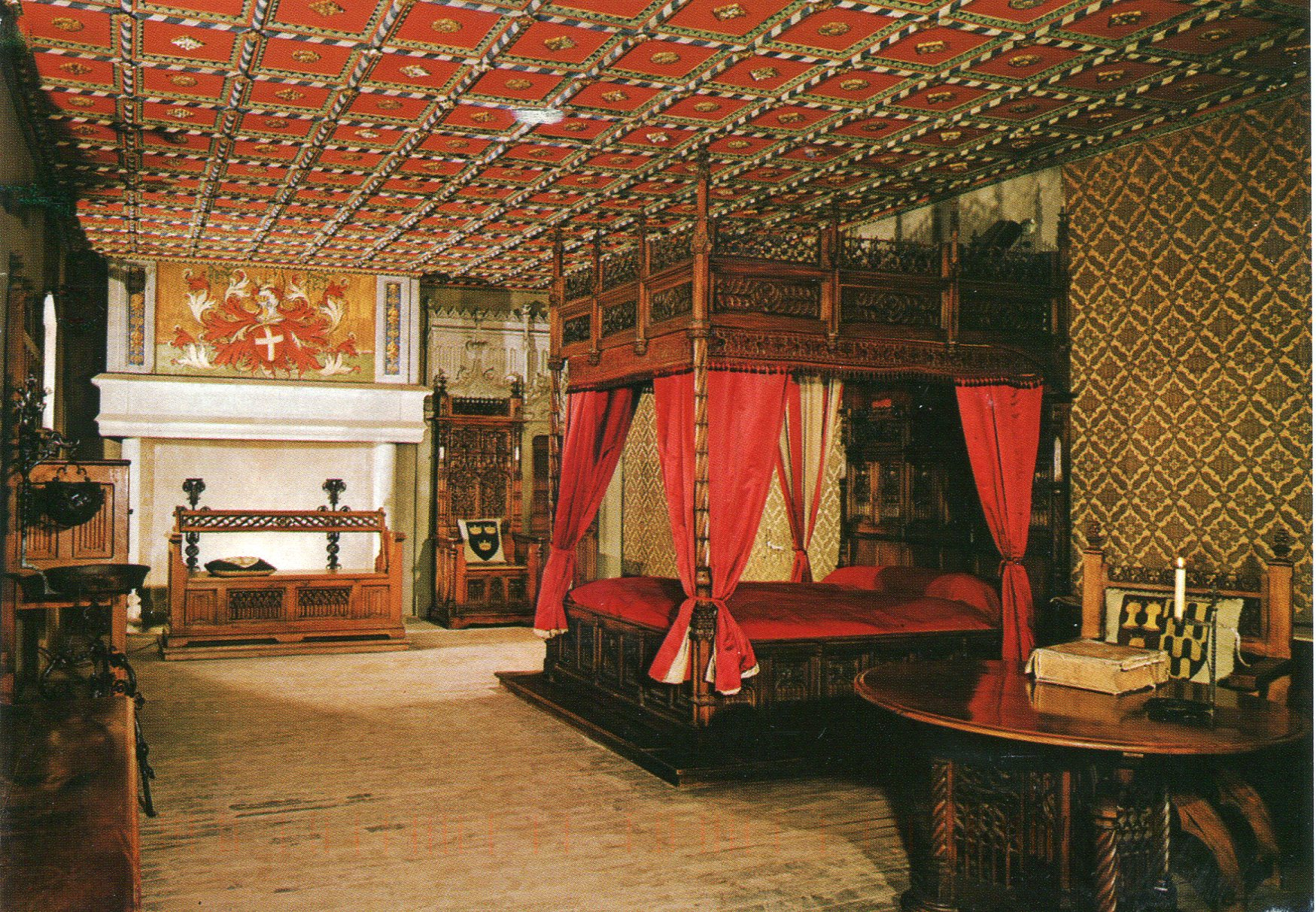 Medieval Castle Bedroomghantapic