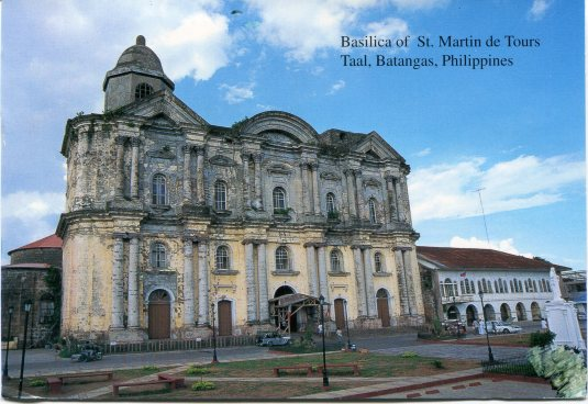 Philippines - Basilica St Martin de Tours
