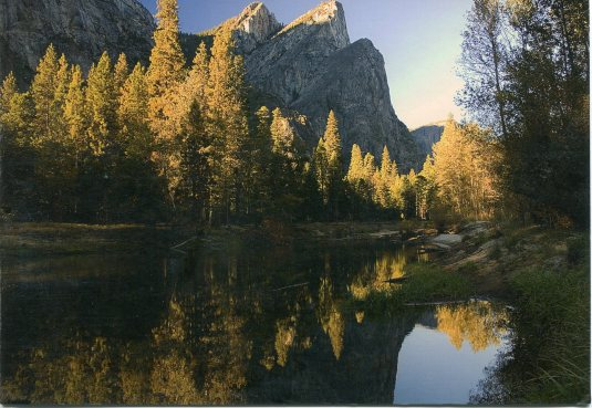 USA - California - Three Brothers Yosemite