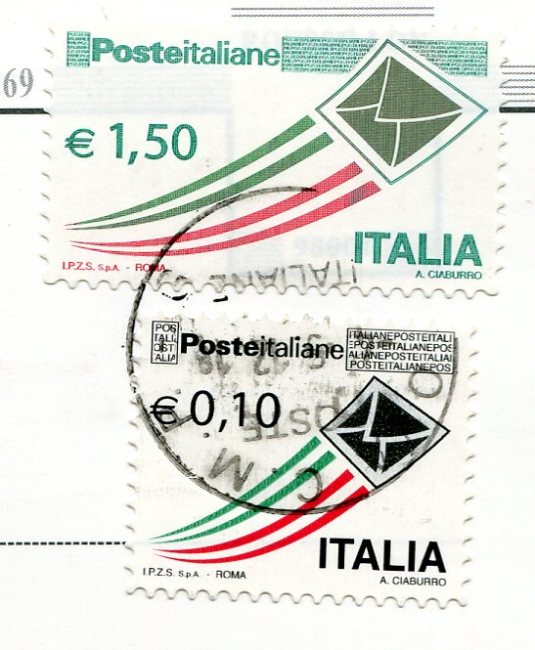 France - Roussillon stamps from Italy