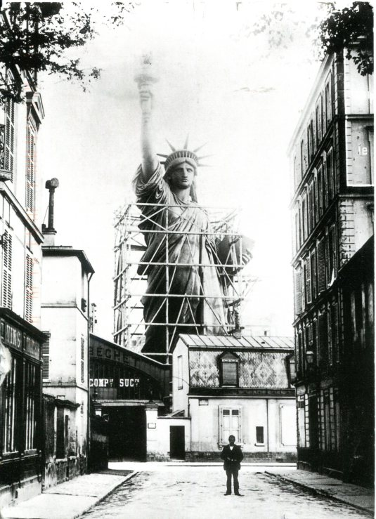 France - Statue of Liberty