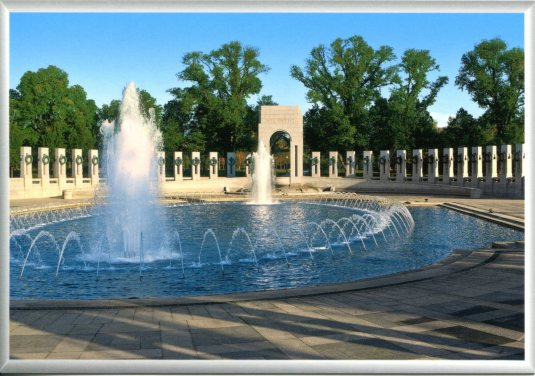 USA - DC -  WWII Memorial