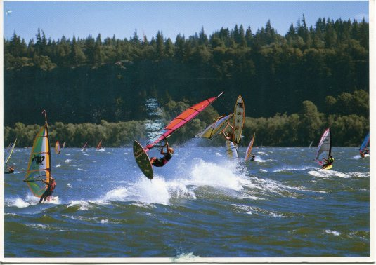 USA - Oregon - Windsurfing the Gorge